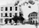 The old Central Hotel on the corner of Yangtsze Road (The Bund, Waitan) and Nanking Road (Nanjing Lu) towards the end of the 19th century.